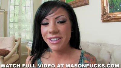 Pornstar Mason Moore fucks a guy in a dirty bathroom