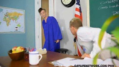 Taylor Admits Crush on Teacher