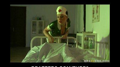 BUSTY BRUNETTE LATEX NURSE IN HEELS DEEP FUCK PATIENT IN HOSPITAL