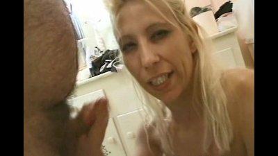 Interracial messy and erotic hand job