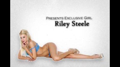 Bigtit blonde escort Riley Steele fucks executive in his office