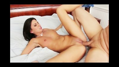 Creampie for a Big Tits Brunette Cheating on her Boyfriend