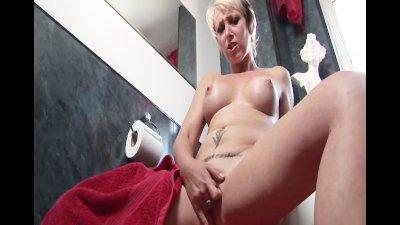British blonde milf pornstar Tracy Venus in the shower