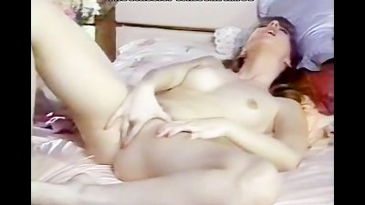 Lonely girl pussy finger fuck