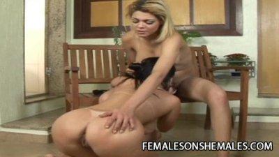 Giselle Lemos - Hot Shemale Beauty Fucking A Big Ass Babe