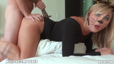 Mofos- Addison is one hot pussy cat