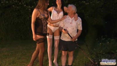 Ugly old man seduces by two gorgeous babes