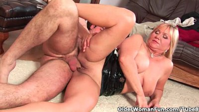 Slutty grandma sucks cock and