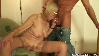 Black milf with big dildo