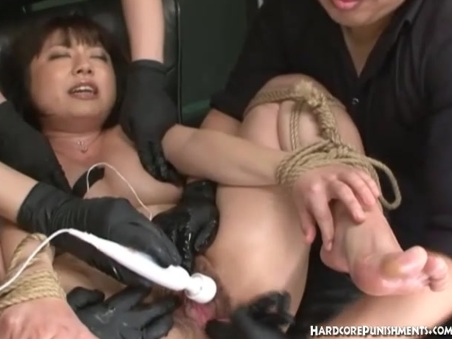 Japanese women given orgasms from multiple sex toys