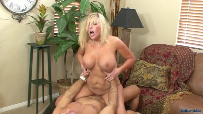 Heidi Hollywood Bouncy Bouncy On That Cock!