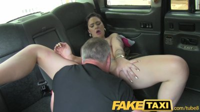 faketaxi young girl with a great round butt