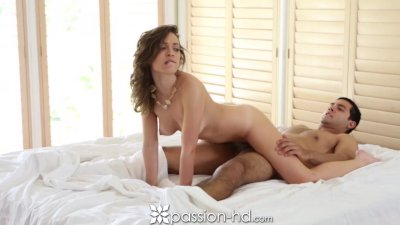 HD - Passion-HD Sexy Lily shakes her ass on her man's cock