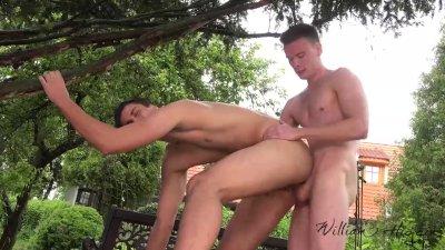 Huge cocked Milan barebacks bottom guy Roman in the garden
