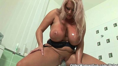 bbw mom with monster tits fucks herself with a dildo
