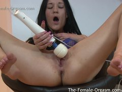 The Female Orgasm 2014 Review of Girls That Masturbate and Cum for Us