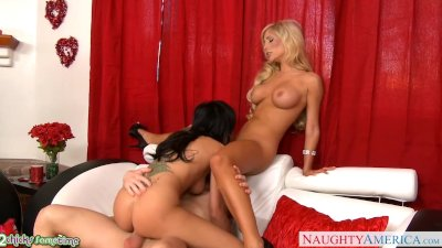 Hot Tasha Reign share cock with a lesbian