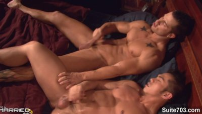 Lovely married gay gets fucked by a gay