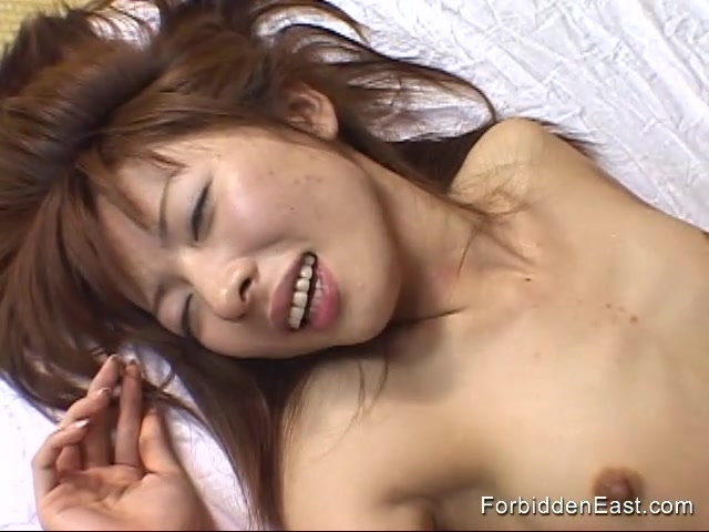 Classic missionary sex for young oriental slut