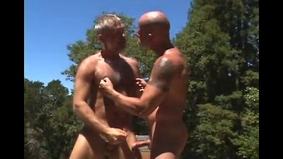 Super Hot Muscle Daddy Outdoor Fuck
