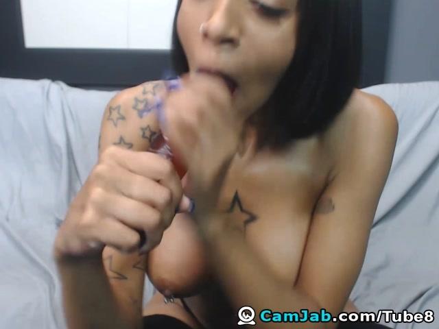Gorgeous Amateur Ebony Babe Dildo Masturbation