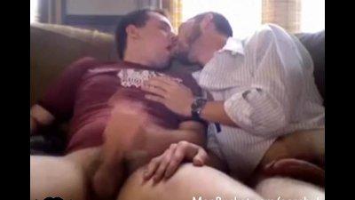 Two amateur dudes rubbing each other's cocks