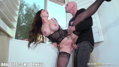 Brazzers - Hot Milf Darling Danika gets pounded by young stud