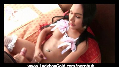 Ladyboy Tuk Wrapped Up Cock Gape