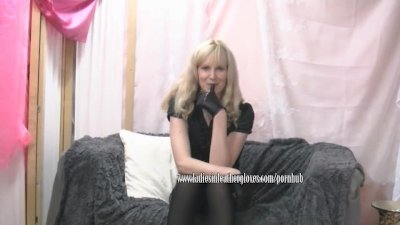 Kinky Mistress tells you how she will punish you with your trouser down