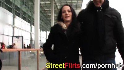 Ghetto slut fucking outdoor with stranger