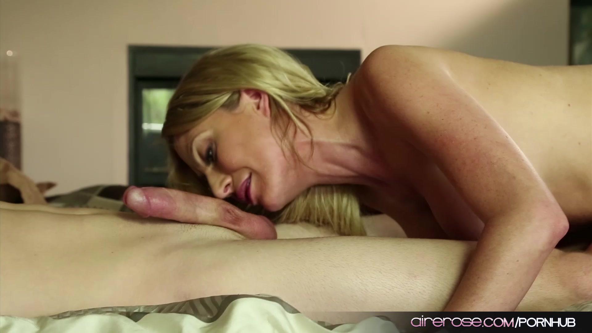 Airerose Blonde Mature Bitch Jennifer Best