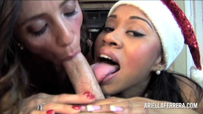 Threesome POV Blowjob - Ariella Ferrera and Yasmine De Leon holiday treat