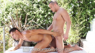 Bobby Clark goes for a massage - gets fucked