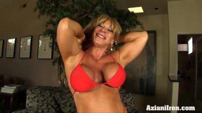 Big muscles, big clit and a pump to make it bigger
