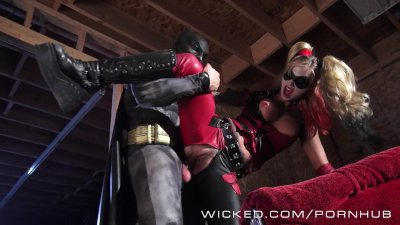 Wicked - Batman fucks Kleio Valentien as Harley Quinn