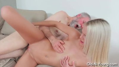 JOLEYN BURST - Old Dick Fucks Teen