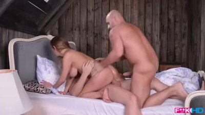 Fuckin HD - Horny Girlfriend Takes Deep anal from 2 Guys