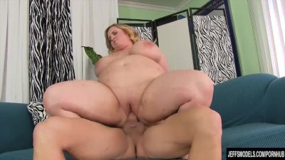 chubby and cute bbw nikky wilder gets nailed hard