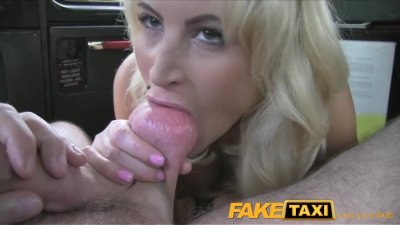FakeTaxi Hot blonde chick sucks taxi drivers dick on backseat
