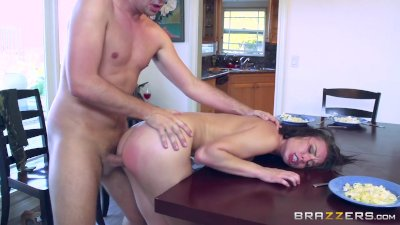Brazzers - Naughty step daught