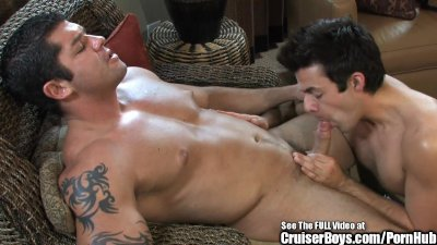 Gym Rat Body Builder Butt Fucks Twink BF