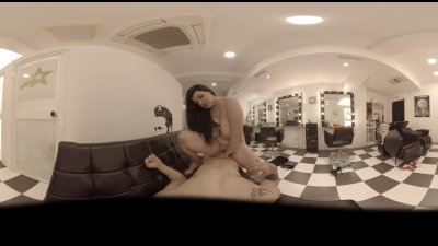 VR Blowjob in 360! Special Hairdresser