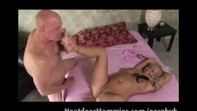 Chennin Blanc is getting fucked on a bed