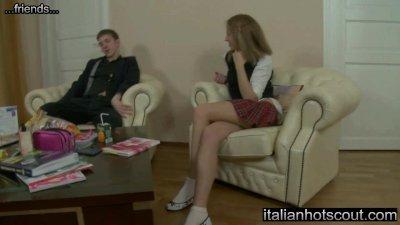 blonde teen anal - ItalianHotScout sito con italiane e straniere molto sexy
