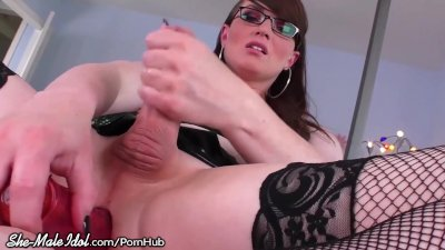 ShemaleIdol TGirl Beauty Self Fucks for You