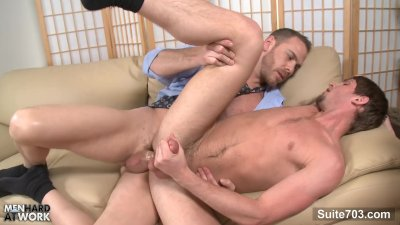 gay oral sex videos HD Tanned masseur  is touching his hot client and giving him an amazing feet massage.