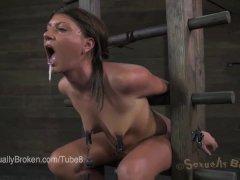 Cassandra Nix Fucked into Oblivion in Bondage