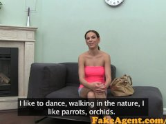 FakeAgent Cute babe shows off her flexibility in saucy Casting interview