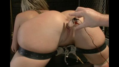 The Submission of Sara Jay