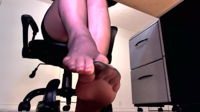 Erotic hypnotist dangles and ignores her slave